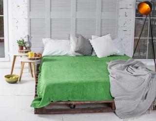 Простынь махровая гладкокрашенная green